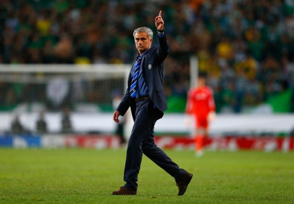 Моуриньо с първа победа над португалски отбор навън