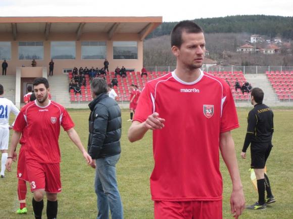 Ботев (Враца) взе точка в Гълъбово