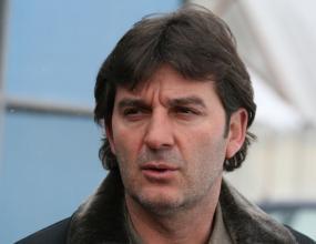 Костадинов: Да вкараме вандалите в затвора