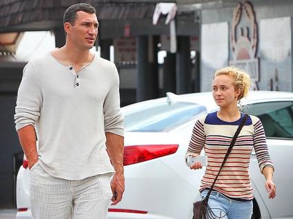 Панатиер обяви годежа с Кличко