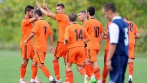 """Във Видин се играело на """"месо"""", футболисти на новия Литекс били вдигани на по два метра във въздуха"""