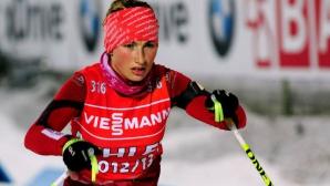 Стефани Попова стана шампионка в ски-бягането на 5 километра свободен стил