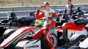 Синът на Шумахер говори за първи път публично за баща си