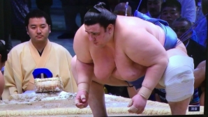Аоияма постигна пета победа на Новогодишния турнир в Токио