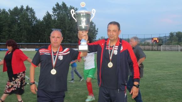 Бончо Генчев награди шампиона на Северозападната трета лига Кариана