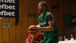 Александър Везенков: Мисля само за България, другото - след 2 юли