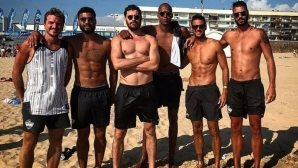 Нгапет, Бруниньо и Чоно Пенчев вдигат градусите на плажа (снимки)
