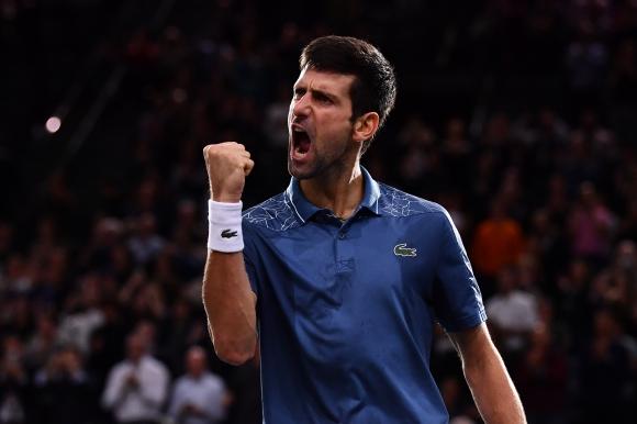Непобедим Джокович се справи и с Федерер
