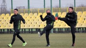 Ботев (Пд) тренира без новите си попълнения