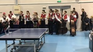 Министър Кралев откри нова зала за тенис на маса в Пловдив
