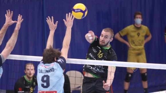 Трифон Лапков с 22 точки за поредна победа на Менен в Белгия (видео + снимки)