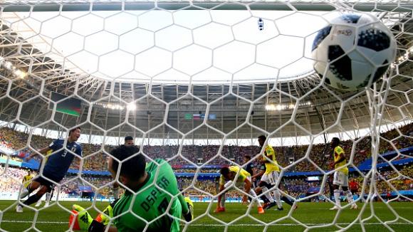 Япония отново поведе на Колумбия - Осака изненада Оспина