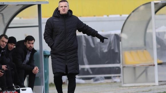 Ботев (Пд) поведе на Гигант (Съединение) в дебюта на Азрудин Валентич